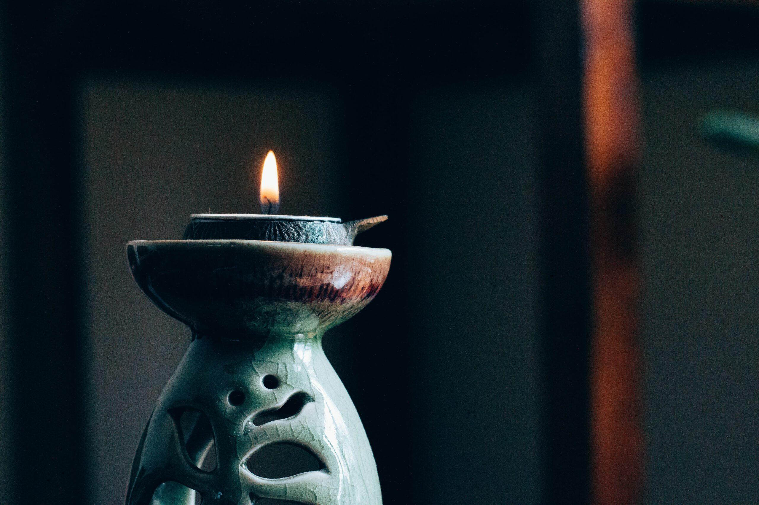 hot candle massage